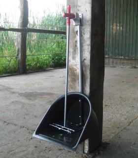 Holder for Manure Scoop, metal