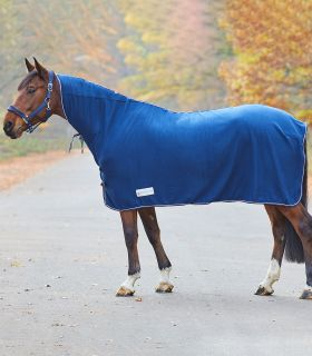 ECONOMIC Fleece Rug with Neck