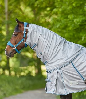 PROTECT fly rug neck